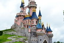 Disneyland Paris / We're huge lovers of all things Disney, and we're always in a disney wanderlust.