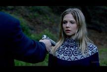 Увидела в кино... / модели вязаной одежды,увиденные в кино или сериалах