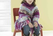knits for kids / by Linda Edgecombe