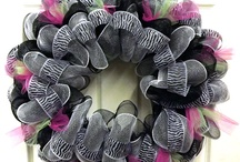 Wreaths and mesh ideas / by Kelly Whitlow