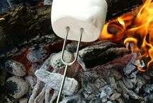 Marshmallow Roasting Sticks Zurrio / This page is about Zurrio camping cookware accessories and marshmallow roasting tips.