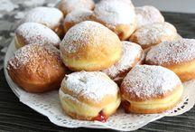 Croatian Christmas cakes