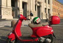 Vespa Style / Scoprire Roma in sella alla mitica vespa