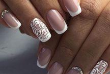 Ślubne paznokcie