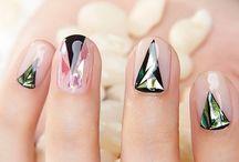 Nails Geometrical