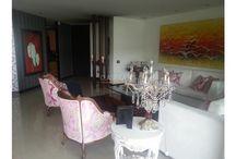 Apartamento en Aguacatal / 4 Alcobas, 4 baños, 240 mts, 3 parqueaderos. Piso 10, Estrato: 6  Cocina Integral, Zona Oficios, Balcón, Ascensor Precio: $700.000.000 Negociable