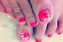 Nail designs / by Leah Sullenberger