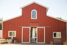 Rustic Barn Wedding / rustic barn wedding, country wedding, farmhouse wedding, barnyard wedding,