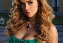 Aracely Arambula Style / Estilo y maquillaje de esta actriz mexicana!