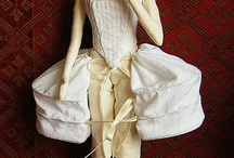 DOLLS - Clothing-patterns etc / by Maaika Kruger