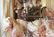 Victorian Mideval Baroque / by Maudie Verreyne