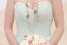 Spring Wedding / Fresh mint green Wedding Inspiration infused with a wee hint of pale pink