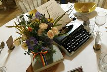 Table centres / From jam jars to large bold statement pieces, lots of inspiration
