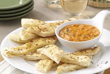 Appetizers, Dips, & Snacks / by Penny Woods