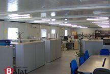 CONSTRUCCIÓN MODULAR, CASETAS PREFABRICADAS EN VICÁLVARO (MADRID) / EDIFICIO MODULAR A BASE DE CASETAS PREFABRICADAS EN VICÁLVARO Caseta prefabricada módulos prefabricados, casetas prefabricadas, naves prefabricadas, casetas de obra, casetas de vigilancia, módulos de vigilancia, construcción modular, alquiler y venta, alquiler, venta, sanitarios portátiles, truck sanitario, Balat, vestuarios prefabricados, aulas modulares, colegios modulares, contenedores marítimos, arquitectura modular,