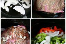 Crockpot recipes / by Lilly Perkins