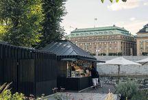 Strömparterrenin Stockholm / Strömparterrenin Stockholm, park ležící mezi Stockholmskou operou a královským hradem pomalu upadal v zapomnění, až do roku 2008, kdy se toto jedinečné místo dočkalo celkové rekonstrukce. Výsledek určitě stojí za zhlédnutí!
