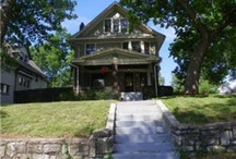 Big Homes, Little Homes and Ones that are JUST RIGHT / by Krisan Mitchell Realtor in Kansas City