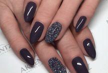 Black nails n more