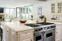 Range in kitchen island