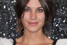 Alexa Chung Celebrity Hairstyles / collection picture of Alexa Chung Celebrity Hairstyles