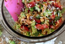 Clean(er) SALADS AND SIDES / by Linzi Pumpelly