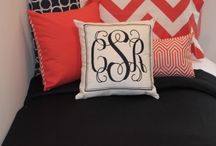 Coral and Navy Dorm Bedding and Decor / by Decor 2 Ur Door