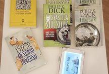 Instagram Qui in libreria Tlon è tutto pronto per la #scritturacreativa e Philip K. Dick! Vi aspetto con le tre stimmate pronte e Palmer Eldritch bello carico! :D