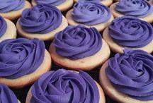 @Cookiesbykayli Wedding Cookies