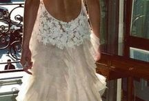 Dream Wedding Likes / by Shelly Van Ess