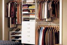 Organised wardrobes / Small closets