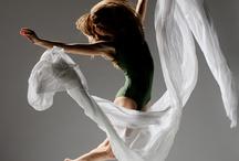 Dance / by Liz Lundholm
