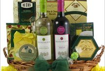GreatArrivals Easter Gourmet & Wine Gift Baskets / Gourmet Easter gift baskets including delicious Easter-themed gourmet sweets and confections from Lindt, Ghirardelli, Godiva, and more. The wine gift baskets include premium Beringer California white and red wines.