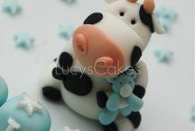 I ♥ COWS, Amo vaquinhas, Adoro las vacas / by Fatima Ferreira