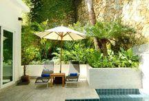 Pools und Gärten