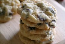 Cookies and Dessert Bars / by Holly Pelton