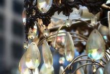Chandeliers / Romantic lighting