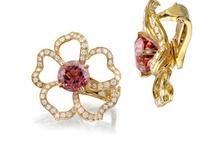 Vintage Jewellery / jewelry