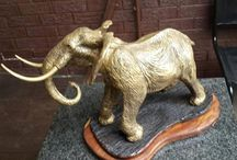 engraving, sculptures and paintings / trophys , paintings and sculptures