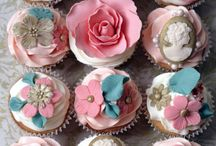 Cakes, cakes and more cakes!