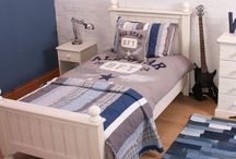 Bedroom ideas for older boys / Bedroom ideas for boys who are past the character themed bedroom stage.