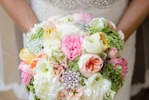 Jacksonville Wedding Planning / Your local wedding planner is here to help! We are a local resource for your upcoming wedding. We have tips, trick, local vendors and local inspiration right here.