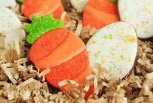 cookies / by Lizabeth