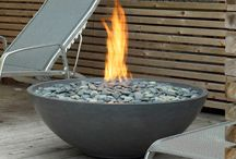 Fire Pits / by Cindy Johnson