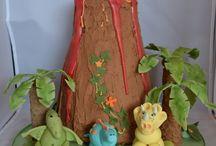 Children's birthday cakes / Children's themed birthday cakes