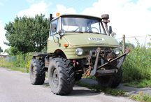 U0722 - U900AG / SELLING FOR CUSTOMER. One owner since we sold this Unimog for the first time in 2004.  Full agricultural specification U900 (406). Very hard to find in good working condition with this comprehensive spec.  Front & rear three point linkages, 2 speed PTO to front with reversing gearbox and to rear with centraliser. Pick-up hitch.  6 speed gearbox with high & low.  Disc brakes.  X-frame to allow fitment of three way tipping rear body (at extra cost).