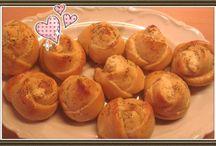 Συνταγές για το Party σου! / Μπες στο www.famecooks.com, μοιράσου τις συνταγές σου, ανέβασε τις φωτογραφίες σου, κάνε νέους φίλους και απογείωσε την κουζίνα σου!