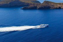 I Navigate Spain / I Live Spain invites you to enjoy luxury holidays aboard our yachts and sailboats.