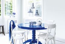 Solvari Blauw / Blauw zit naast oranje in ons DNA. Het is de kleur van onze mokken, stoelen en huisstijl.  Blauw is symbool voor vertrouwen, loyaliteit, wijsheid, zekerheid, intelligentie en rust. Een kleur om van te houden, niet waar?