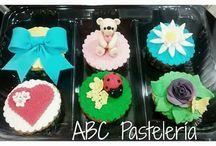 ABC Pastelería / Tortas, cupcakes y galletas
